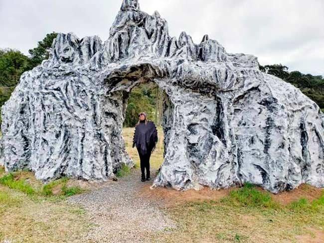 replica pedra furada urubici