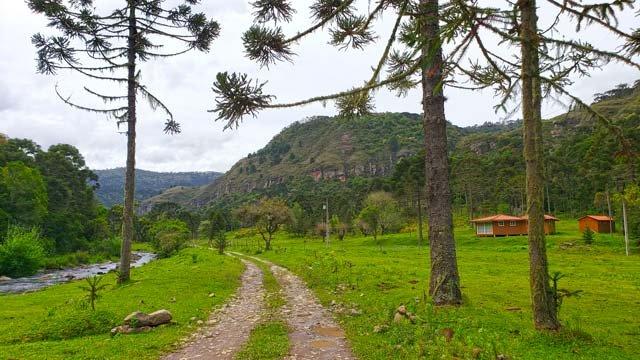estrada cascata bailarina